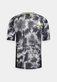 Fox Racing - DEFEND ELEVATED - Print T-shirt - black - 1