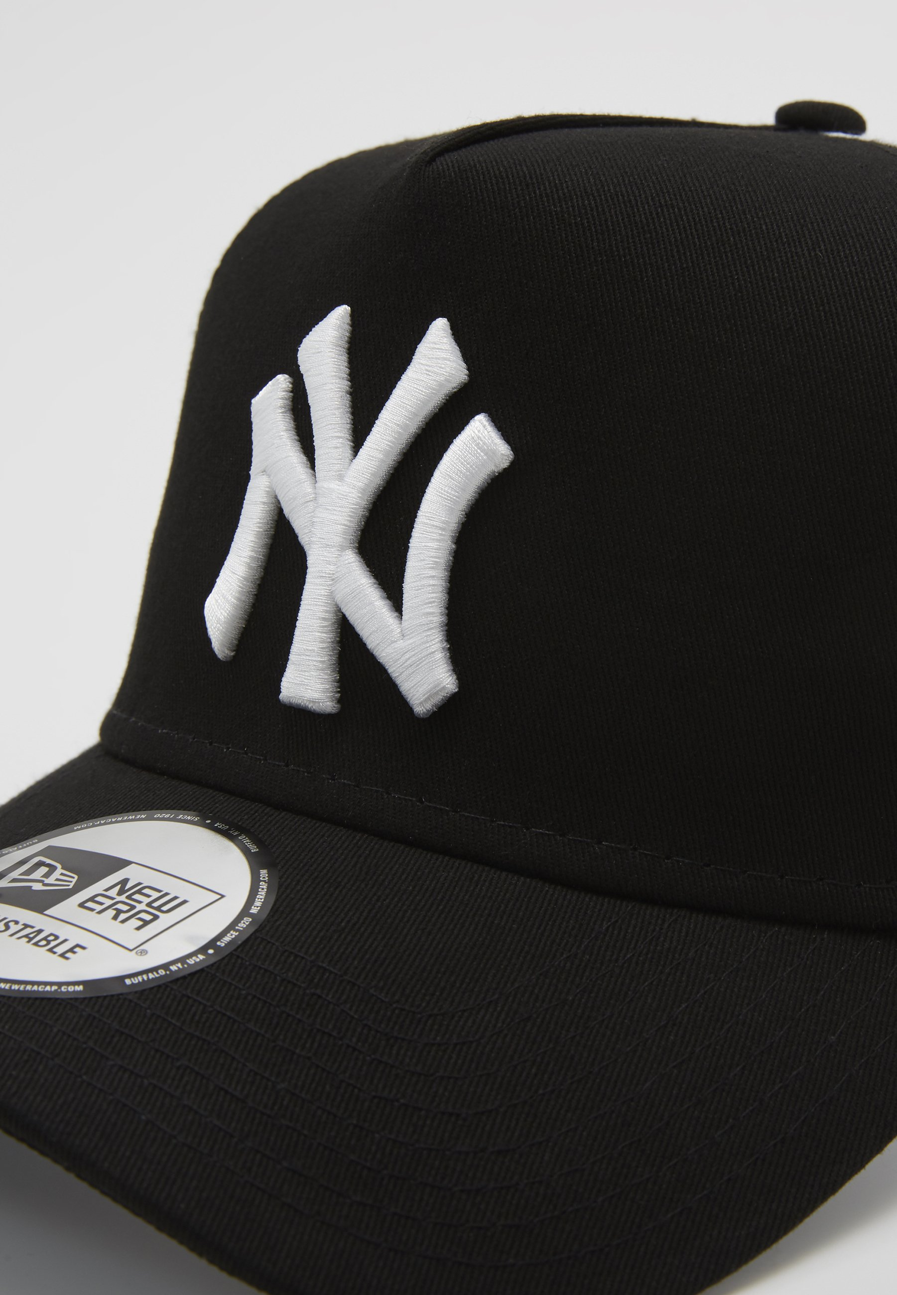 New Era Clean Trucker Neyyan - Cap Black/ White/schwarz