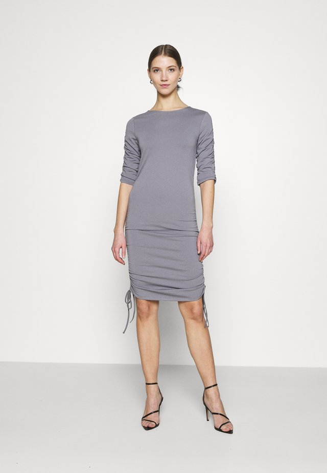 DRESS - Jersey dress - grey
