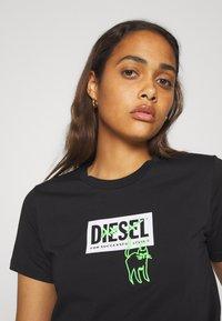 Diesel - T-SILY-E52 T-SHIRT - T-shirt imprimé - black - 3