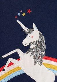 Tom Joule - ORIGINELLES MACKENZIE - Sweatshirt - blaues einhorn - 4