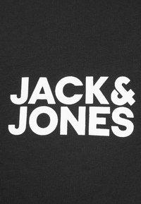 Jack & Jones - JJECORP LOGO TEE O-NECK - T-shirt con stampa - black - 4