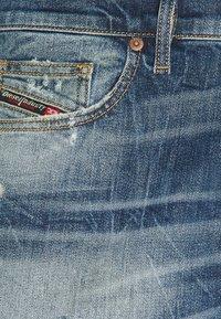 Diesel - D-VIDER - Slim fit jeans - 01 - 2
