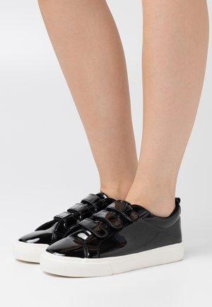 MIO - Sneakers - black