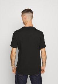 Calvin Klein - CHEST BOX LOGO - Print T-shirt - black - 2