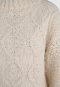 Glamorous Tall - KNITTED CROP JUMPER WITH LONG SLEEVES AND BOAT NECK - Stickad tröja - off white - 2