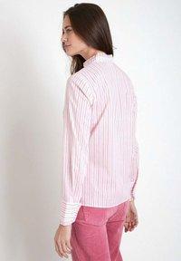 Maison 123 - Button-down blouse - rose pâle - 1