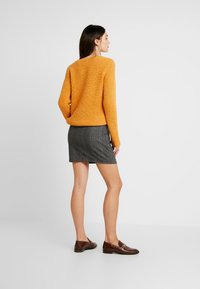 Vila - Jumper - golden oak/melange - 2