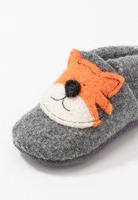 POLOLO - TIGER TOM - Slippers - grau - 2