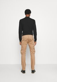 TOM TAILOR - Cargo trousers - dusty caramel brown - 2
