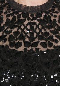 Needle & Thread - AURELIA EXCLUSIVE - Print T-shirt - black - 6