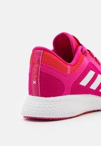 adidas Performance - EDGE LUX 4 X MARIMEKKO - Zapatillas de entrenamiento - team real magenta/footwear white/vivid red - 5