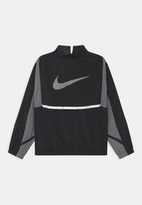 Nike Performance - CROSSOVER  - Sportovní bunda - black/smoke grey - 1