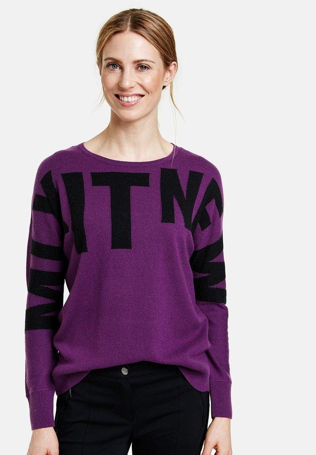 MIT BLOCKLETTERN - Pullover - lila/pink/schwarz gemustert
