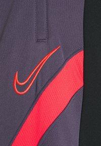 Nike Performance - DRY ACADEMY PANT  - Pantalones deportivos - black/dark raisin/siren red - 5