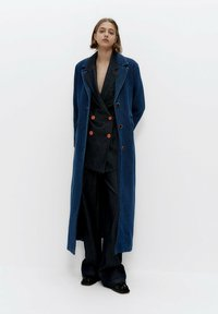 Uterqüe - Short coat - blue - 0