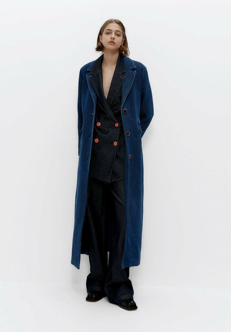 Uterqüe - Short coat - blue