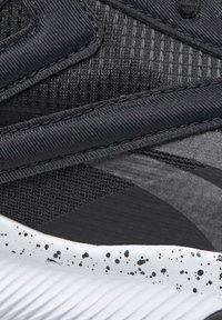 Reebok - REEBOK HIIT SHOES - Sneakers - black - 9