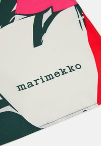Marimekko - JOSINA ISO MEHU SCARF - Foulard - green/red - 3