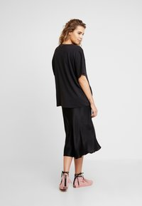 Abrand Jeans - A OVERSIZED VINTAGE TEE - Print T-shirt - faded black - 2