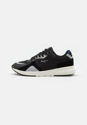 PARK AIR 0.1 - Trainers - black