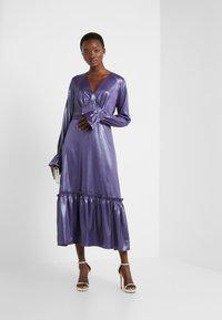 Three Floor - EXCLUSIVE DRESS - Vestido de cóctel - twilight purple/blue - 1