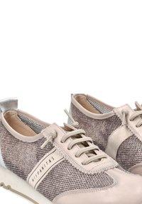Hispanitas - Sneakers laag - gris - 3