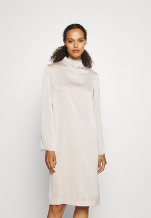 JUDY DRESS - Denní šaty - light beige