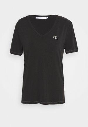 V NECK TEE - T-shirt imprimé - black
