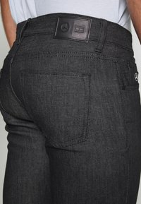 Tommy Hilfiger Tailored - TOMMY X MERCEDES-BENZ - Slim fit jeans - black - 5