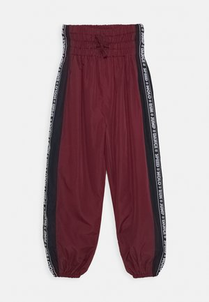 ORLI - Tracksuit bottoms - bordeaux, dark blue