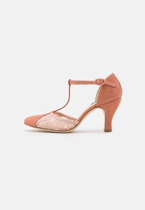 BAYA - Classic heels - amande