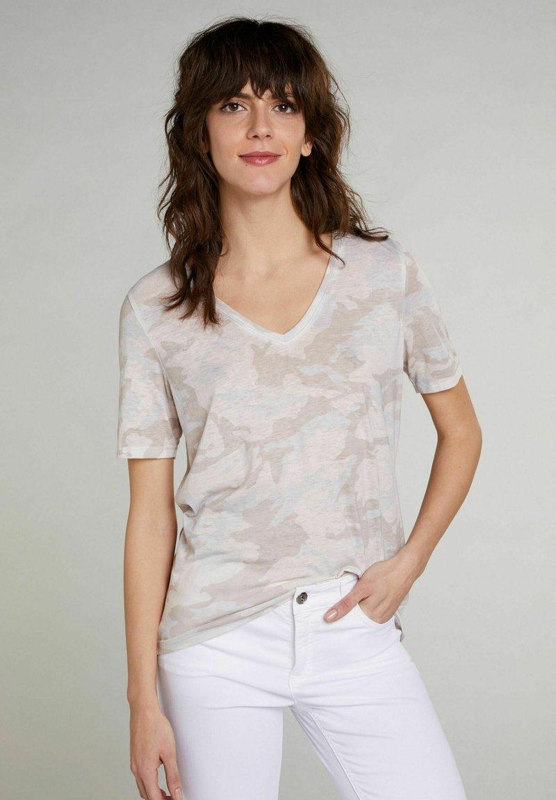 Oui - Print T-shirt - white black