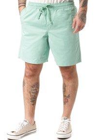 Vans - Shorts - green - 0