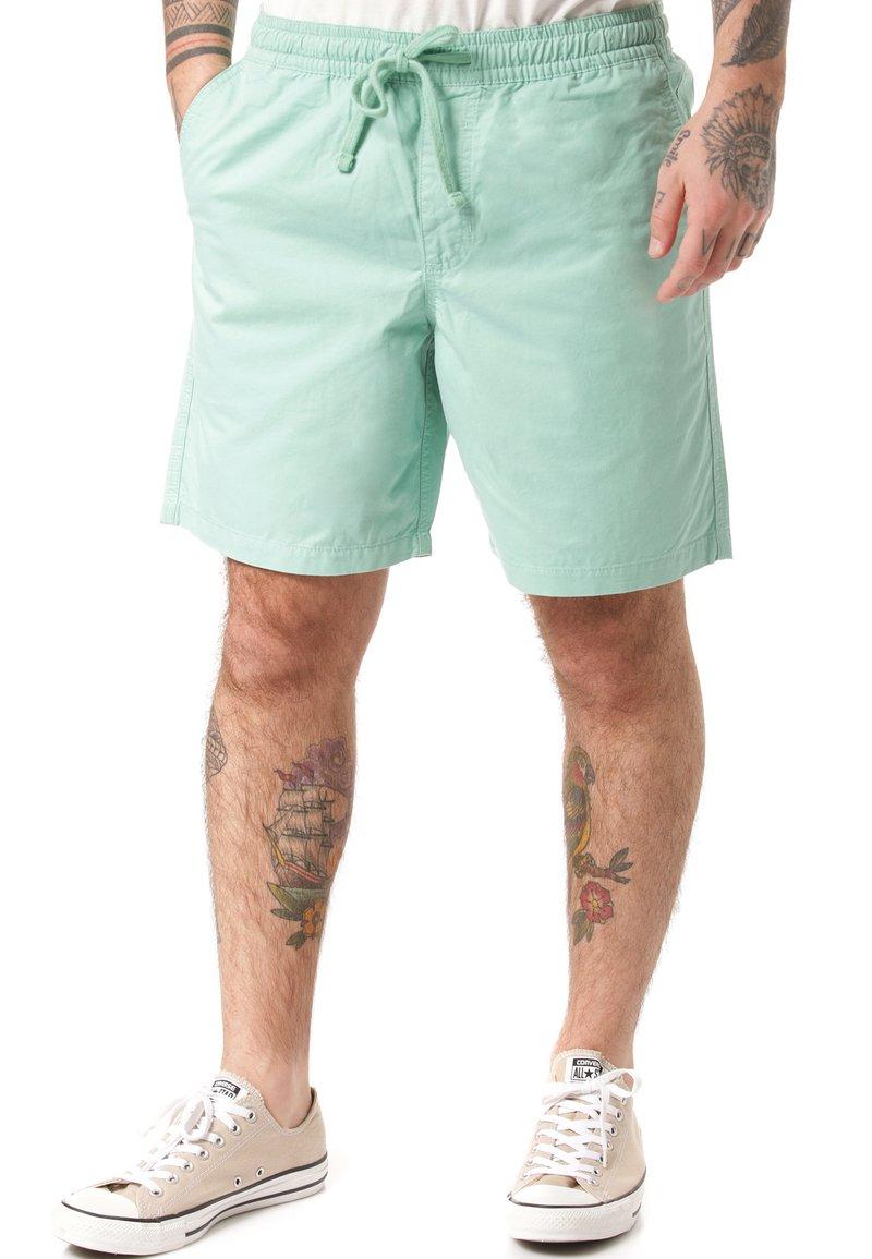 Vans - Shorts - green