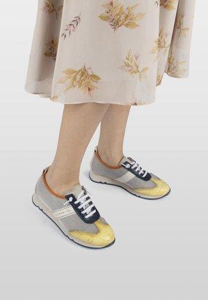 KAIRA  - Sneakersy niskie - multi
