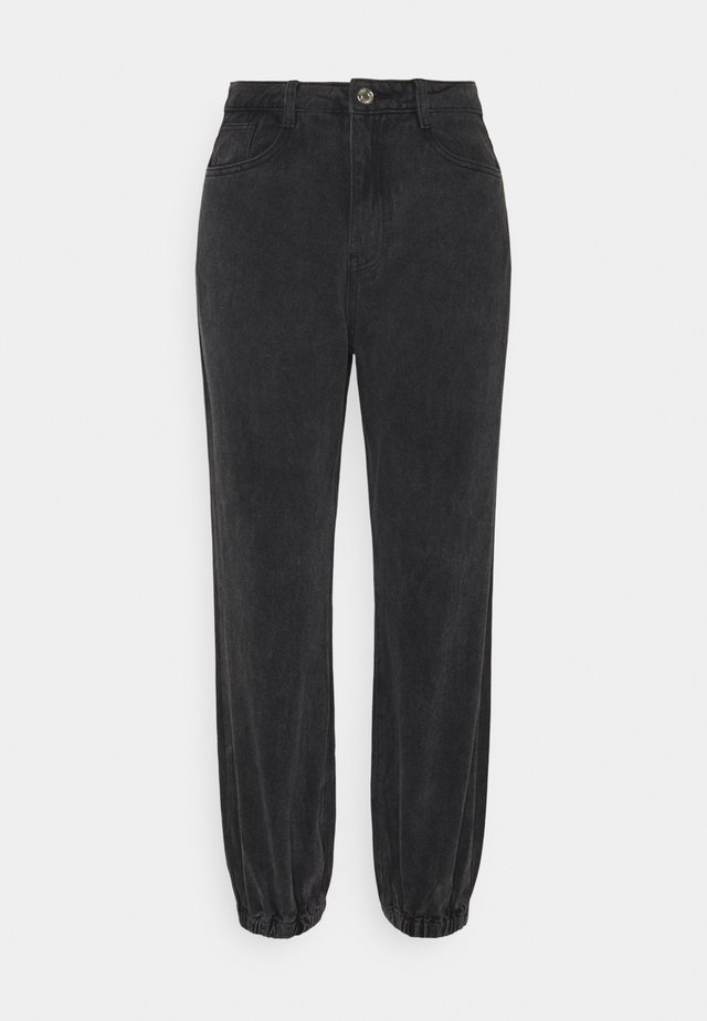 RIOT HIGHWASITED MOM - Jeans relaxed fit - black