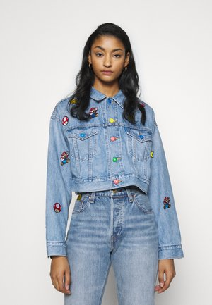 CROP DAD TRUCKER - Spijkerjas - light blue denim