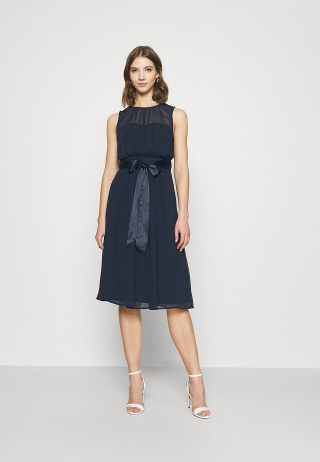 SUCH A DREAM MIDI DRESS - Vestido de cóctel - navy