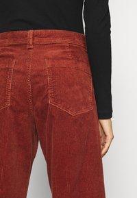 GAP - FULL LENGTH WIDE LEG - Trousers - copper beech - 4