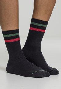 Urban Classics - 2 PACK - Socks - black green red - 1