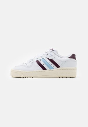 RIVALRY SPORTS INSPIRED SHOES UNISEX - Tenisky - footwear white/maroon/clear sky