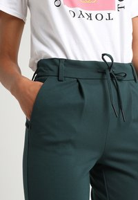 ONLY - POPTRASH EASY COLOUR  - Tracksuit bottoms - green gables - 5