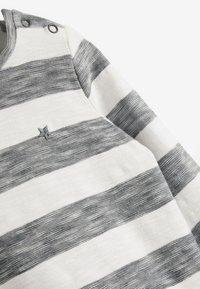 Next - 3 PACK  - Långärmad tröja - black - 5