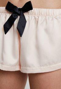 BlueBella - ABIGAIL - Pyjama set - pale pink/black - 5