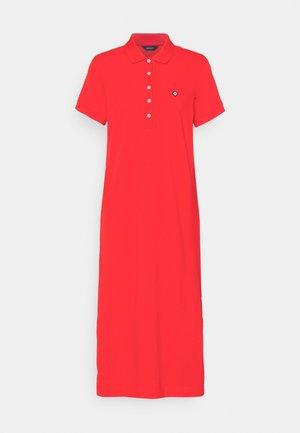 POLO DRESS - Kjole - lava red
