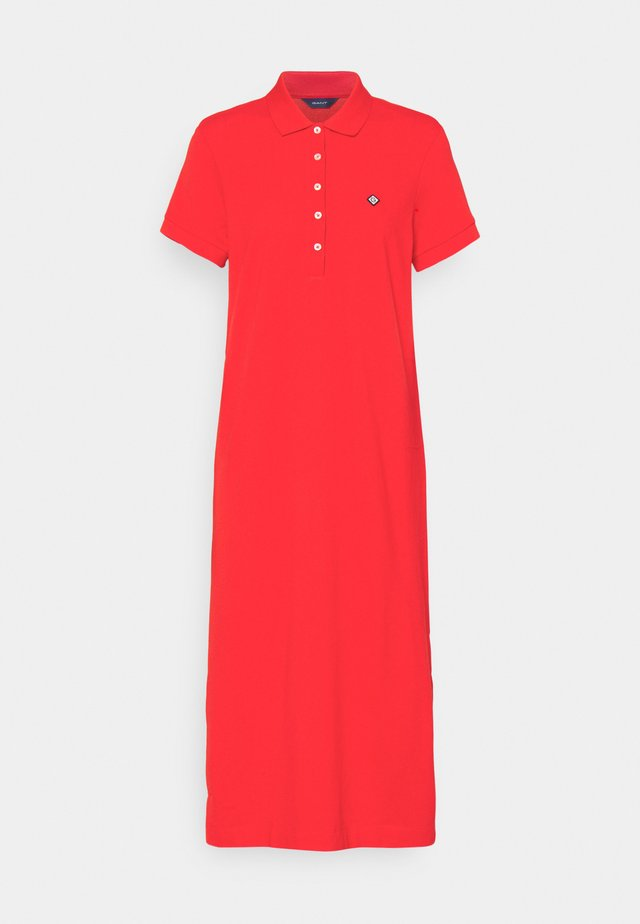 POLO DRESS - Korte jurk - lava red