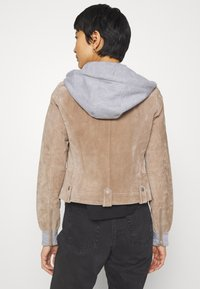 Freaky Nation - TWILA - Leather jacket - wood - 2