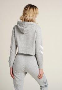 Hummel - Hættetrøjer - grey melange - 2