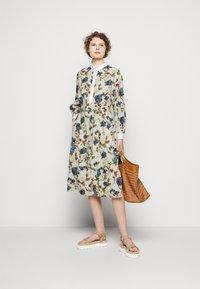 Tory Burch - TUNIC DRESS - Shirt dress - mixed floral - 1